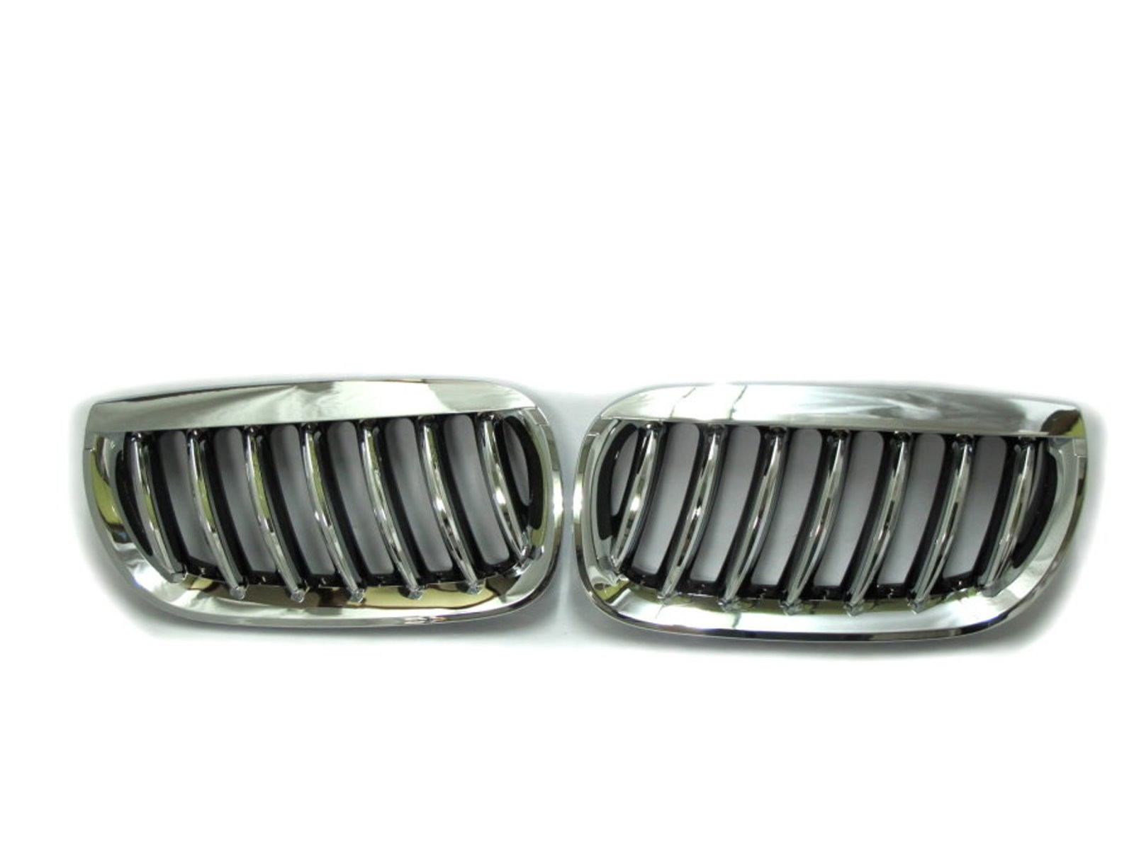 CrazyTheGod X3 E83 First generation 2003-2006 PRE-FACELIFT Wagon 5D M6Look GRILLE/GRILL Chrome/Black for BMW