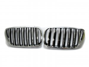 CrazyTheGod X3 E83 First generation 2007-2010 FACELIFT Wagon 5D OE GRILLE/GRILL Chrome/Black for BMW